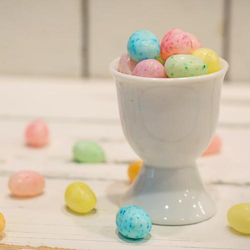 Frenzi Frozen Yogurt_3 Candy Combinations To Top Your Sunny Day Sundae